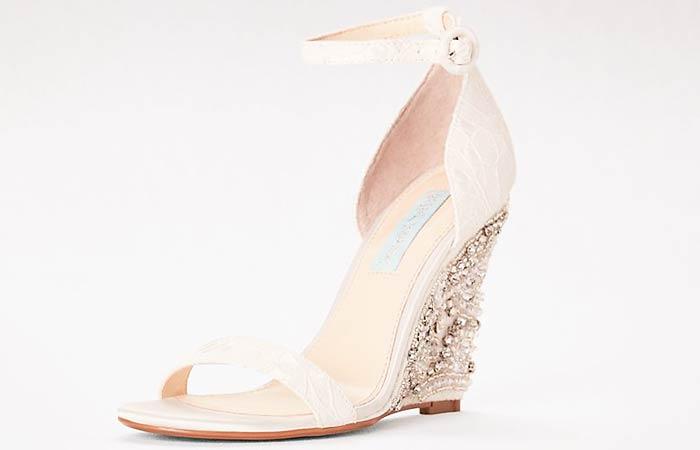 pantofi-nunta-aurii